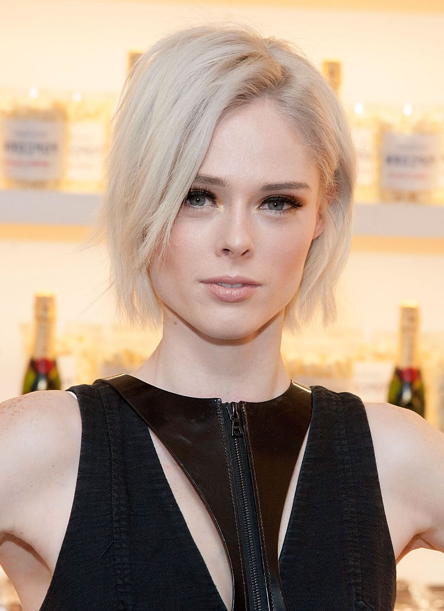 40 Bob Hairstyles For 2018 – Bob Haircuts To Copy This Year Throughout Edgy Brunette Bob Hairstyles With Glossy Waves (View 11 of 25)