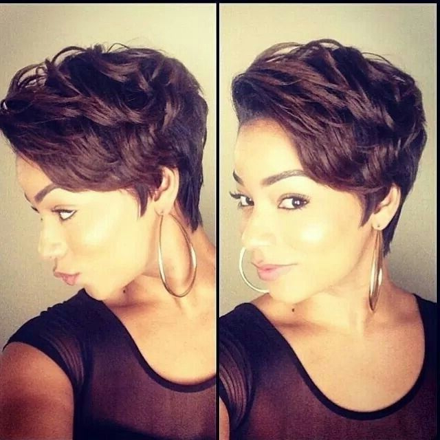 40+ Chic Short Haircuts: Popular Short Hairstyles For 2018 – Pretty Throughout Short And Classy Haircuts For Thick Hair (View 10 of 25)
