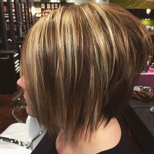 40 Choppy Bob Hairstyles 2019: Best Bob Haircuts For Short, Medium In Short Crop Hairstyles With Colorful Highlights (View 12 of 25)