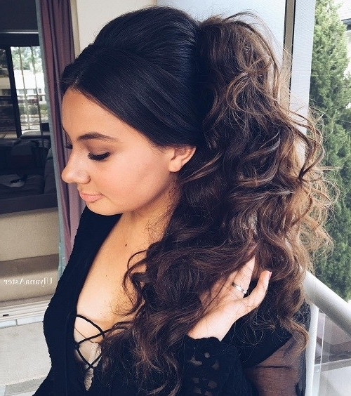 Featured Photo of Pumped Up Side Pony Hairstyles
