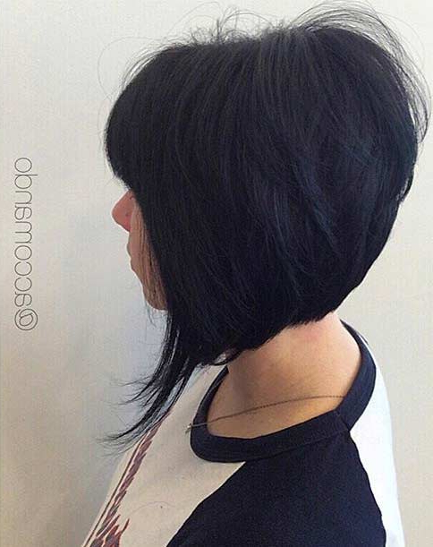 41 Best Inverted Bob Hairstyles | Page 2 Of 4 | Stayglam In Voluminous Nape Length Inverted Bob Hairstyles (View 11 of 25)