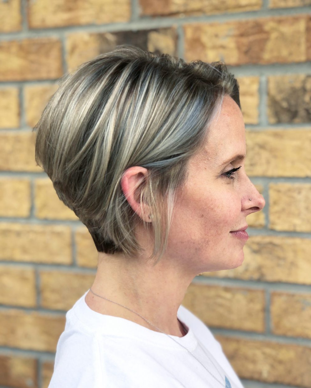 42 Sexiest Short Hairstyles For Women Over 40 In 2018 Within Short Hairstyles For Fine Hair Over  (View 18 of 25)