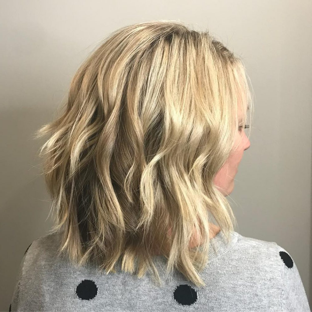 43 Greatest Wavy Bob Hairstyles – Short, Medium And Long In 2018 In Loosely Waved Messy Brunette Bob Hairstyles (View 20 of 25)