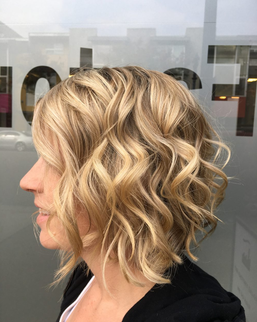 43 Greatest Wavy Bob Hairstyles – Short, Medium And Long In 2018 Regarding Loosely Waved Messy Brunette Bob Hairstyles (View 23 of 25)