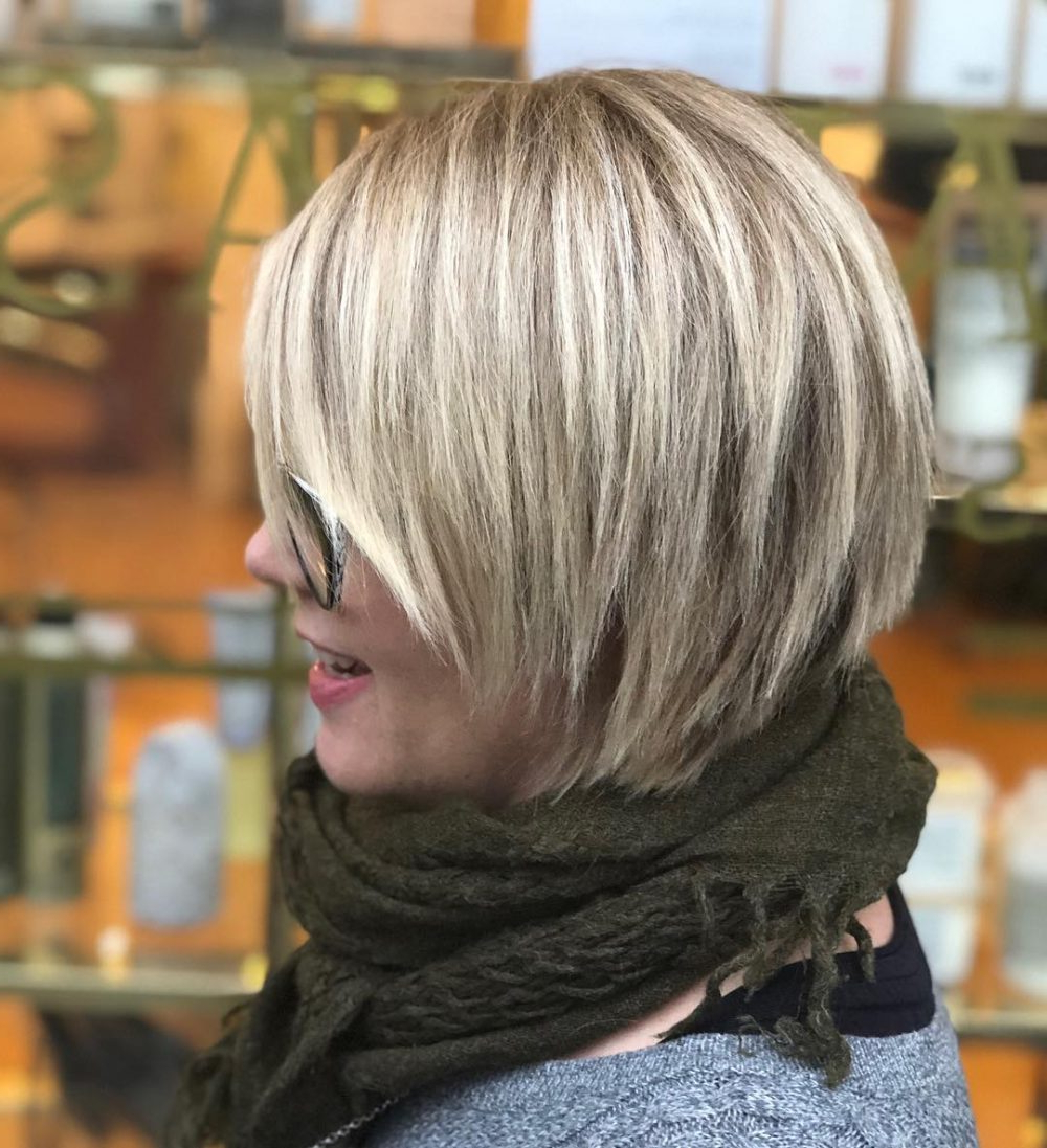 45 Chic Choppy Bob Hairstyles For 2018 Inside Nape Length Wavy Ash Brown Bob Hairstyles (View 24 of 25)