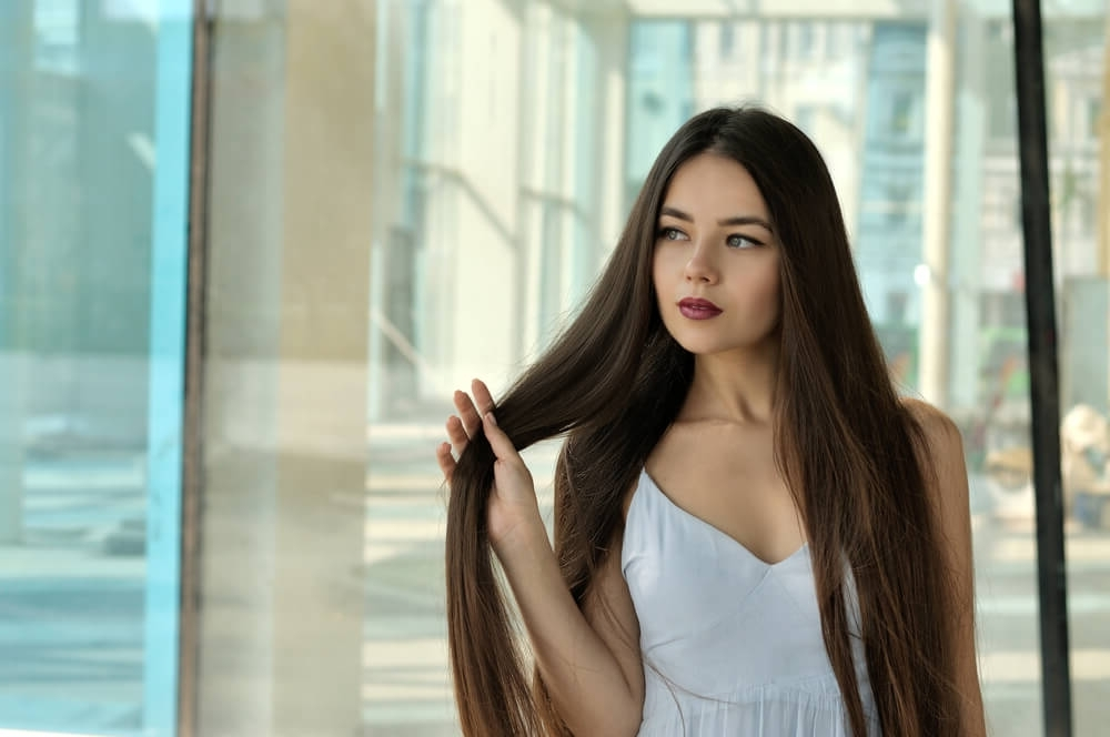 45 Straight Brunette Hairstyles For Women (Photos) Regarding Straight Triple Threat Ponytail Hairstyles (View 21 of 25)