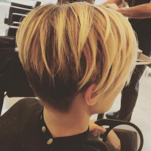 47 Amazing Pixie Bob You Can Try Out This Summer! In Two Tone Curly Bob Haircuts With Nape Undercut (View 7 of 25)