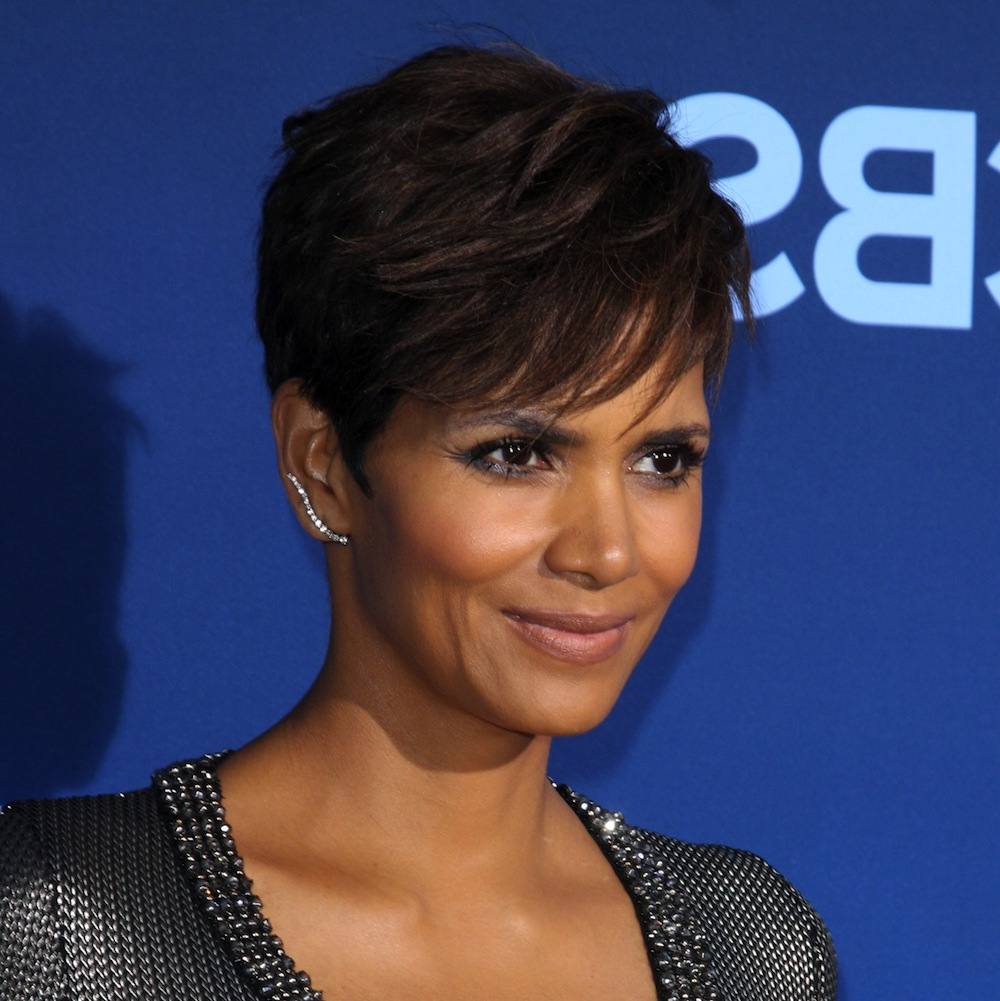 5 Celebrities Who Look Better With Short Hair (Plus 3 Who Don't Inside Cute Celebrity Short Haircuts (View 15 of 25)