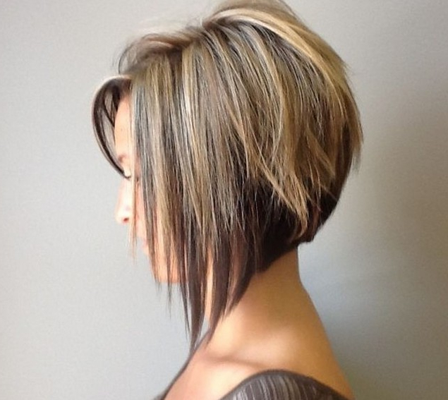 50 Adorable Asymmetrical Bob Hairstyles 2018 – Hottest Bob Haircuts Inside Inverted Bob Hairstyles With Swoopy Layers (View 13 of 25)