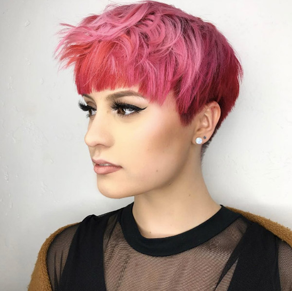 50 Chic & Stylish Pixie Cuts – Style Skinner Intended For Sleek Metallic White Pixie Bob Haircuts (View 22 of 25)