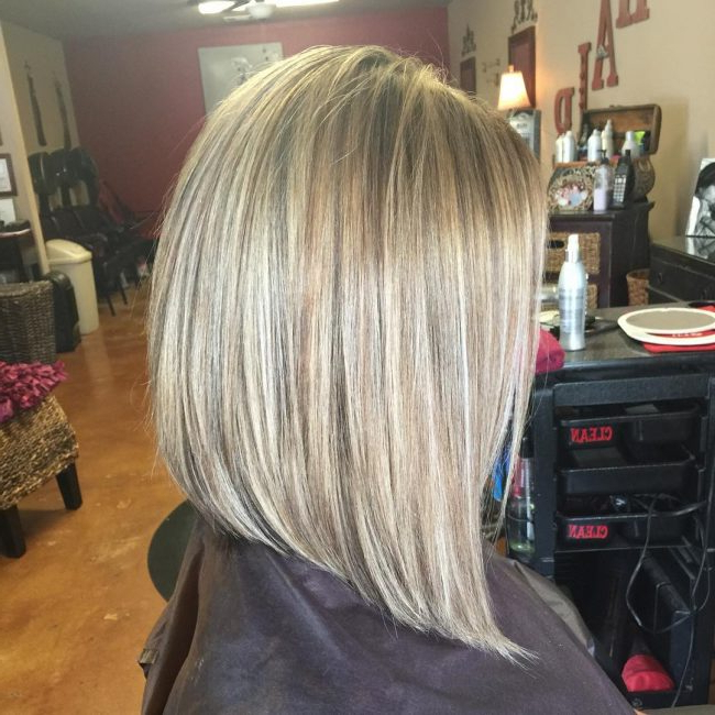 50 Elegant Long And Short Angled Bob Hairstyles Regarding Straight Textured Angled Bronde Bob Hairstyles (View 25 of 25)