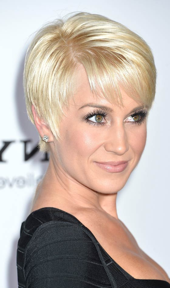 50 Fabulous Bridal Hairstyles For Short Hair Inside Side Parted White Blonde Pixie Bob Haircuts (View 23 of 25)