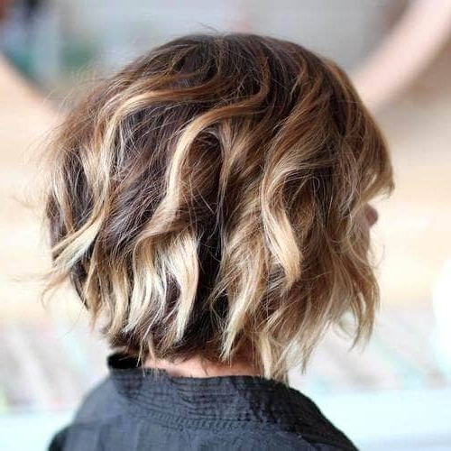 50 Fresh Short Blonde Hair Ideas To Update Your Style In 2018 Inside Messy Jaw Length Blonde Balayage Bob Haircuts (View 5 of 25)