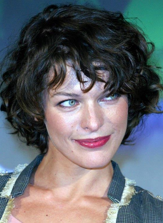 50 Messy Short Bob Hairstyle To Make You Look Uber Chic Intended For Short Wavy Haircuts With Messy Layers (View 12 of 25)