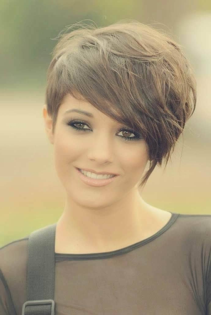 50 Pixie Haircuts You'll See Trending In 2018 For Razored Pixie Bob Haircuts With Irregular Layers (View 16 of 25)