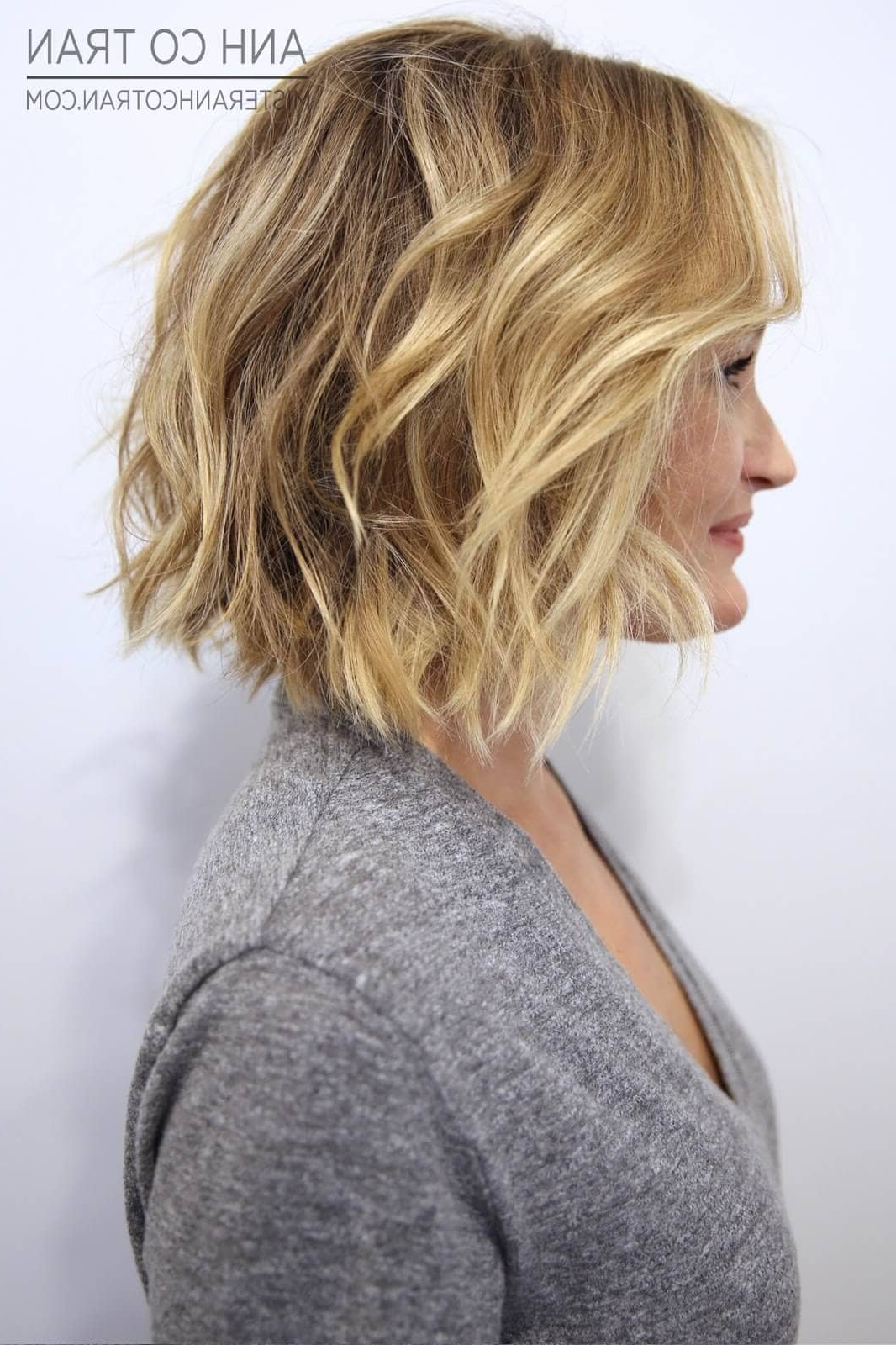 50 Ways To Wear Short Hair With Bangs For A Fresh New Look Pertaining To Short Haircuts With Long Side Bangs (View 5 of 25)