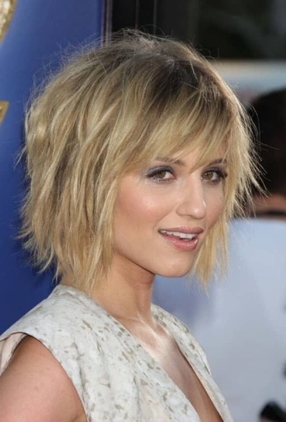 50 Ways To Wear Short Hair With Bangs For A Fresh New Look Throughout Choppy Tousled Bob Haircuts For Fine Hair (View 18 of 25)