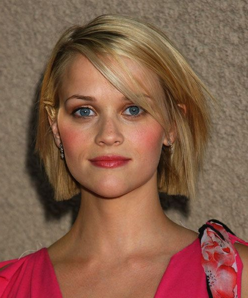55+ Cute Bob Haircuts And Hairstyles Inspiredcelebrities 2017 Inside Blunt Bob Haircuts With Layers (View 18 of 25)