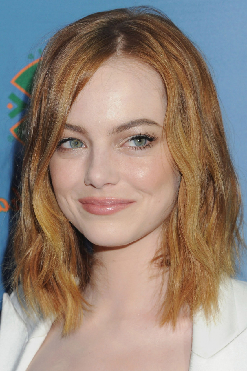 55 Short To Medium Hairstyles For Thick Hair Lovely Awesome Short Pertaining To Short Medium Haircuts For Thick Hair (View 18 of 25)