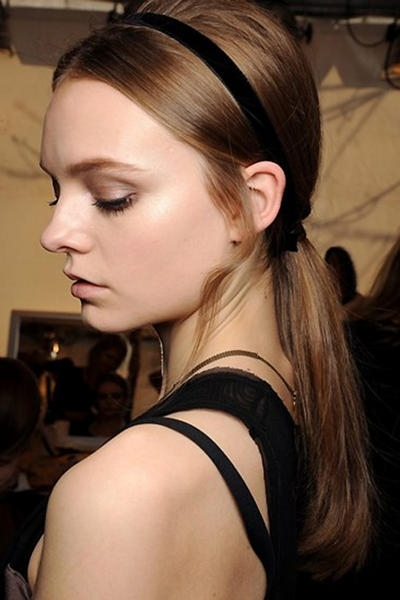 6 Sexy Ponytail Styles In Sleek Ladylike Ponytail Hairstyles (Gallery 4 of 25)