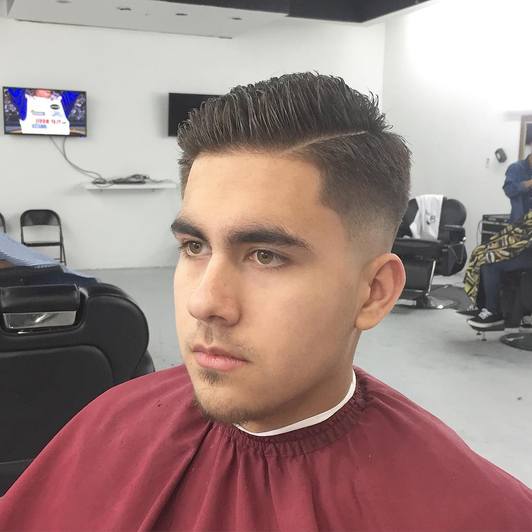 60 Best Male Haircuts For Round Faces – [Be Unique In 2018] For Short Haircuts For Fat Faces (View 19 of 25)
