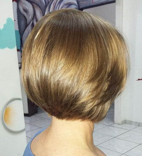 60 Classy Short Haircuts And Hairstyles For Thick Hair | Haircut With Regard To Classic Layered Bob Hairstyles For Thick Hair (Gallery 1 of 25)