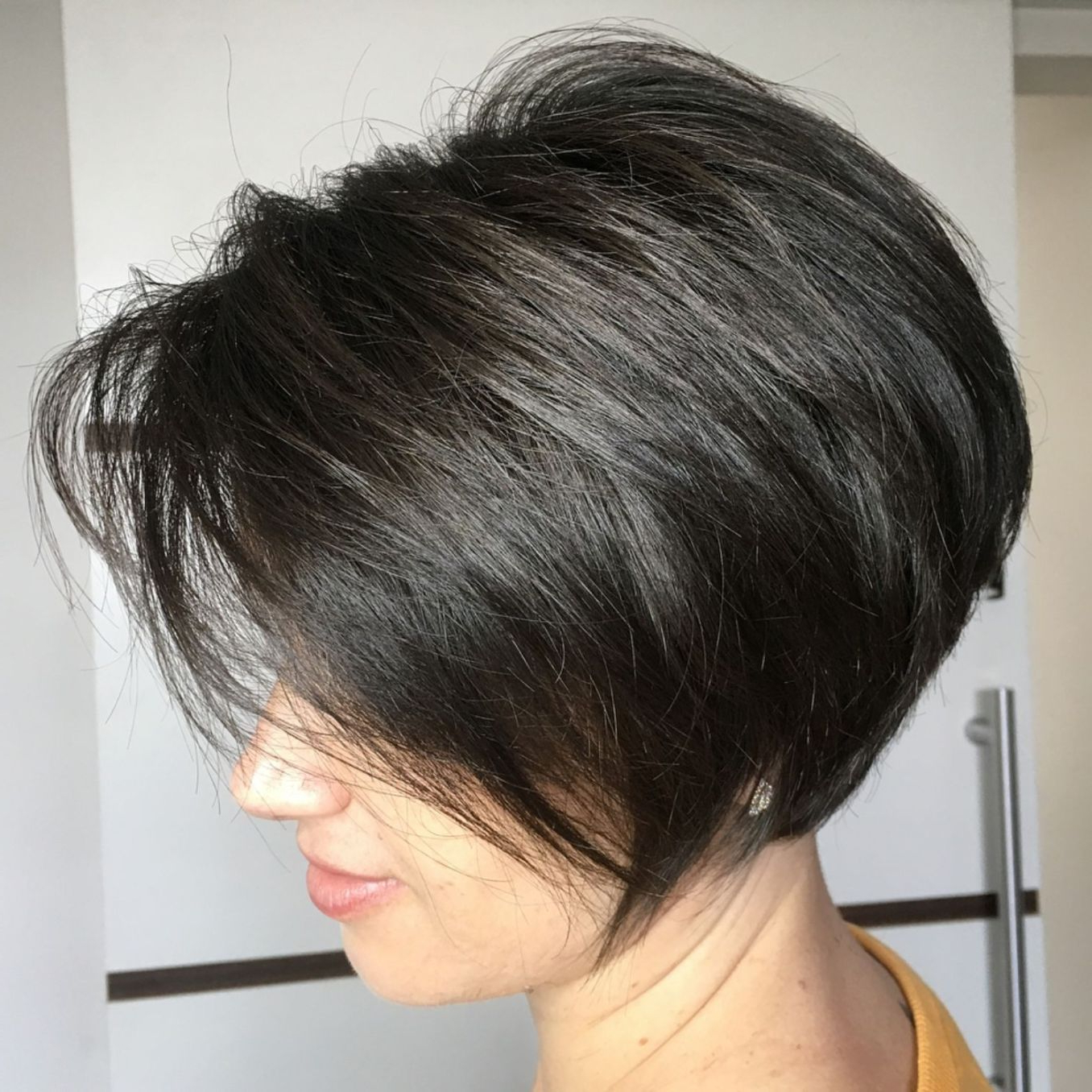 60 Classy Short Haircuts And Hairstyles For Thick Hair In 2018 Pertaining To Jaw Length Inverted Curly Brunette Bob Hairstyles (Gallery 20 of 25)