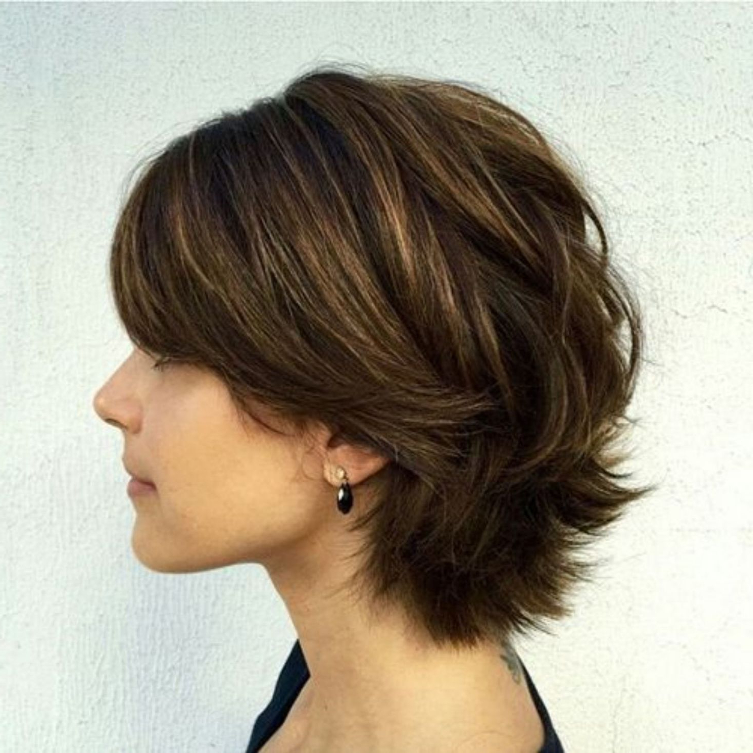 60 Classy Short Haircuts And Hairstyles For Thick Hair In 2018 With Medium Short Haircuts For Thick Hair (Gallery 23 of 25)