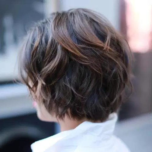 60 Cute Short Hairstyles For Thick Hair – Page 21 Of 60 – Fallbrook247 With Short Wavy Haircuts With Messy Layers (Gallery 6 of 25)