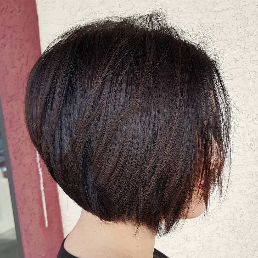 60 Layered Bob Styles: Modern Haircuts With Layers For Any Occasion For Disheveled Burgundy Brown Bob Hairstyles (Gallery 13 of 25)