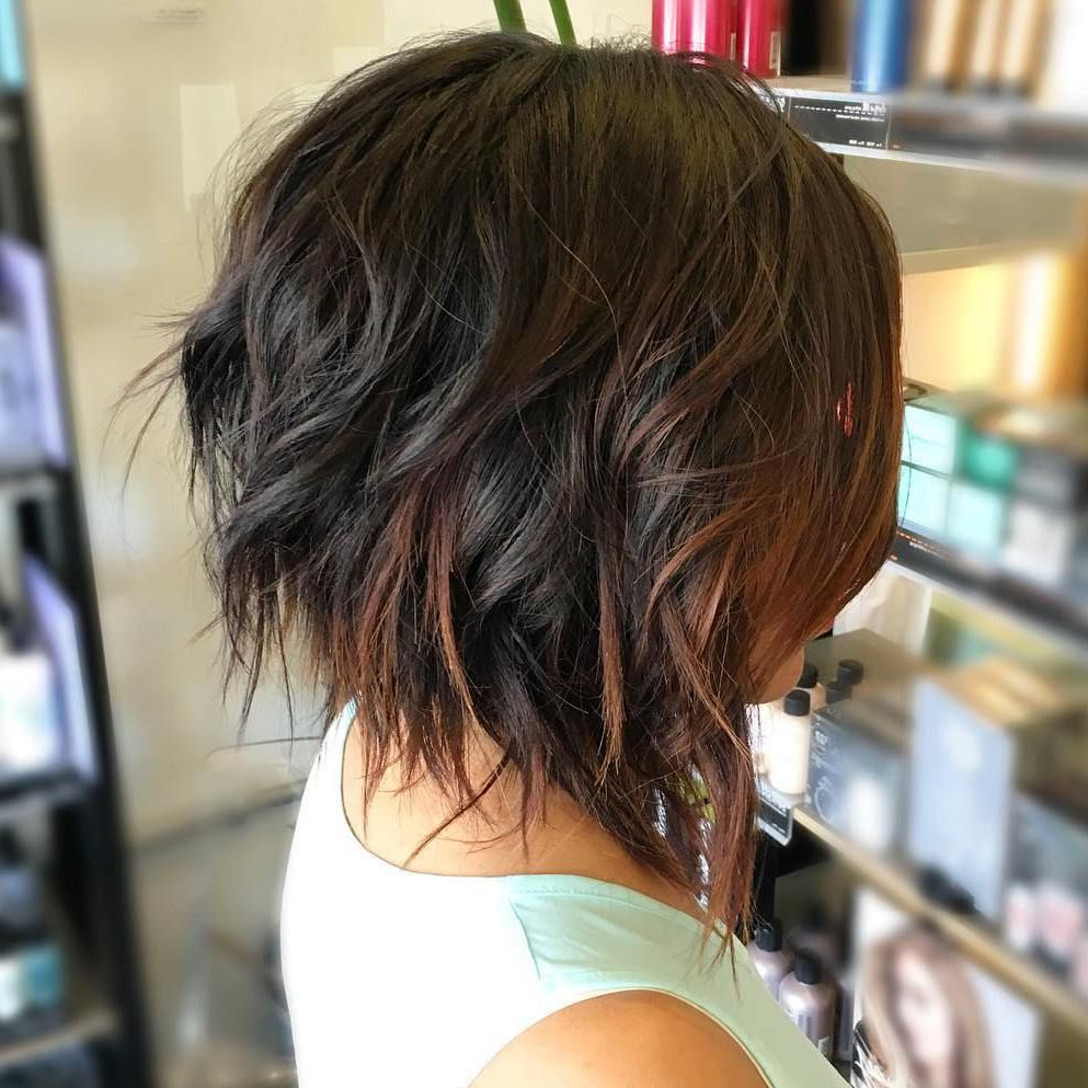 Featured Photo of Angled Brunette Bob Hairstyles With Messy Curls