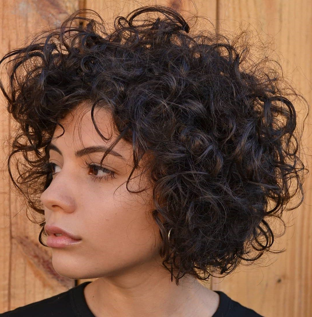 60 Most Delightful Short Wavy Hairstyles | Curls | Pinterest | Curly Intended For Jaw Length Inverted Curly Brunette Bob Hairstyles (Gallery 21 of 25)