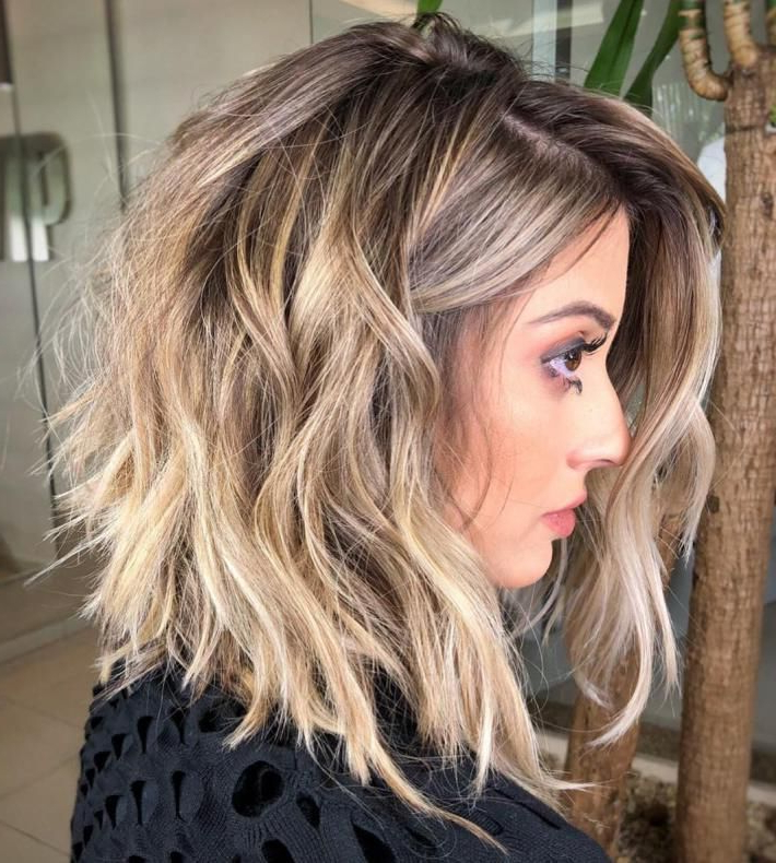 60 Most Magnetizing Hairstyles For Thick Wavy Hair In 2018 Regarding Wavy Bronde Bob Shag Haircuts (View 8 of 25)