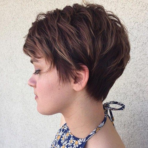 60 Overwhelming Ideas For Short Choppy Haircuts In 2018 | Hair Throughout Pixie Bob Hairstyles With Golden Blonde Feathers (View 3 of 25)