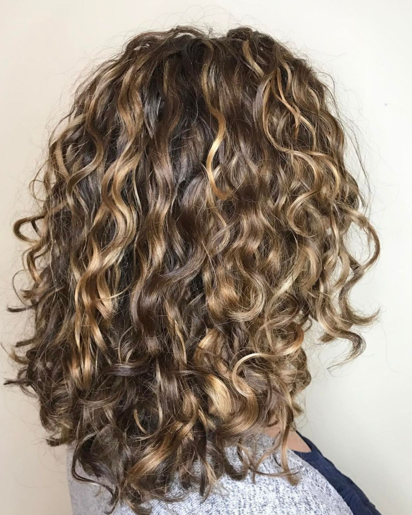 60 Styles And Cuts For Naturally Curly Hair | Hairstyles | Pinterest Within Brown Curly Hairstyles With Highlights (View 6 of 25)