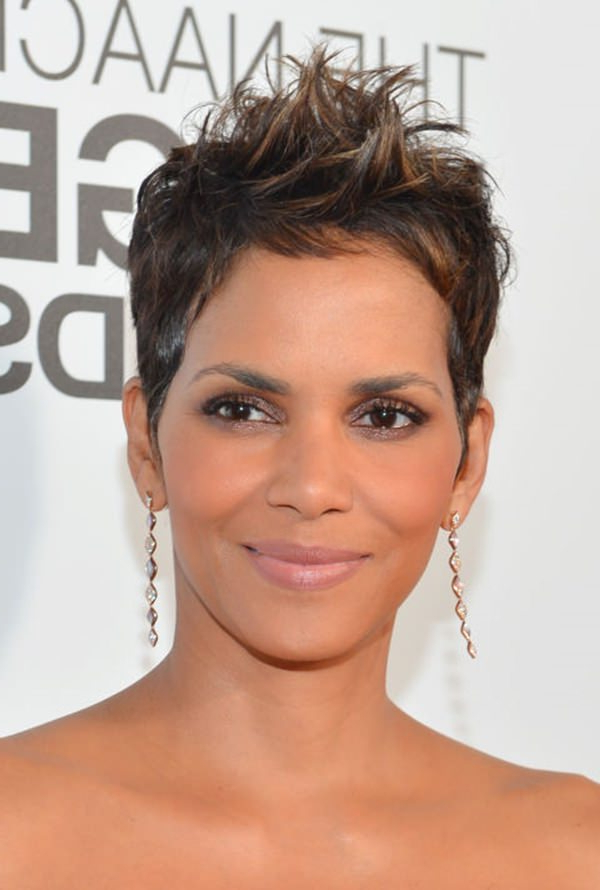 61 Short Hairstyles That Black Women Can Wear All Year Long For Sleeked Down Pixie Hairstyles With Texturizing (View 21 of 25)