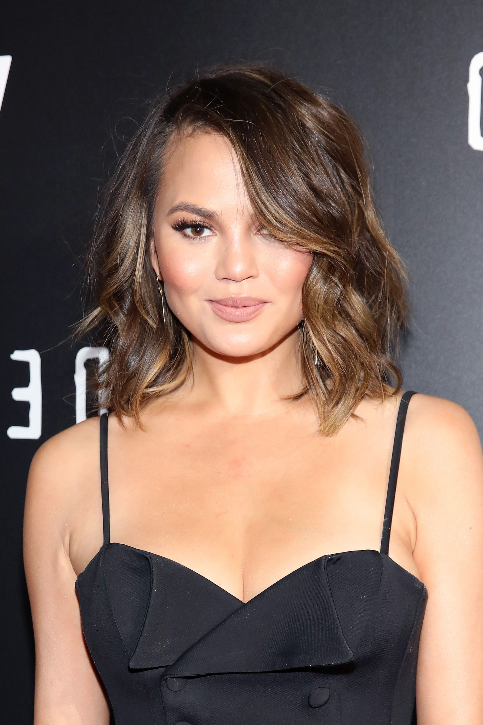 62 Gorgeous Medium Hairstyles – Best Mid Length Haircut Ideas Inside Short Hairstyles Shoulder Length (Gallery 17 of 25)