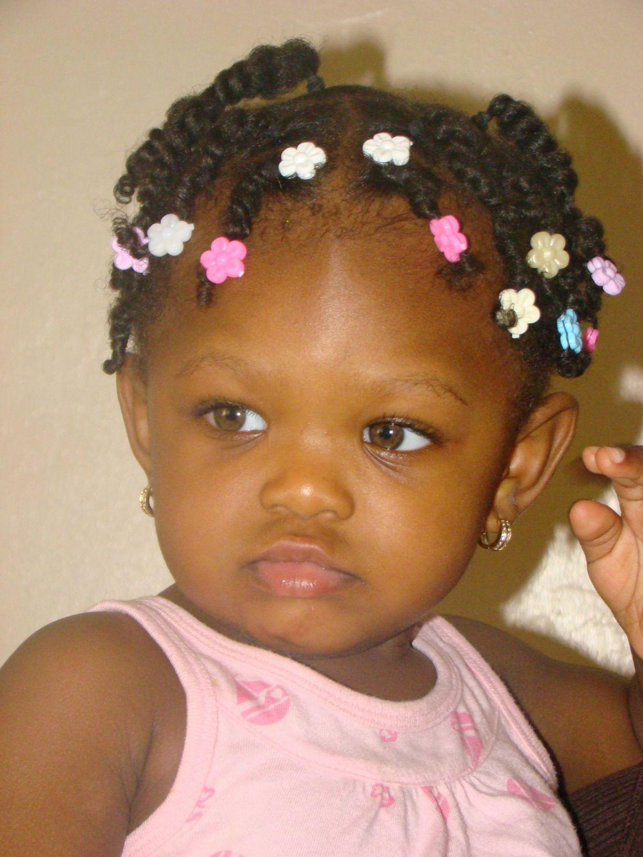 64 Peinados Trenzados Frescos Para Niñas Negras | Peinados Faciles In Black Baby Hairstyles For Short Hair (Gallery 10 of 25)