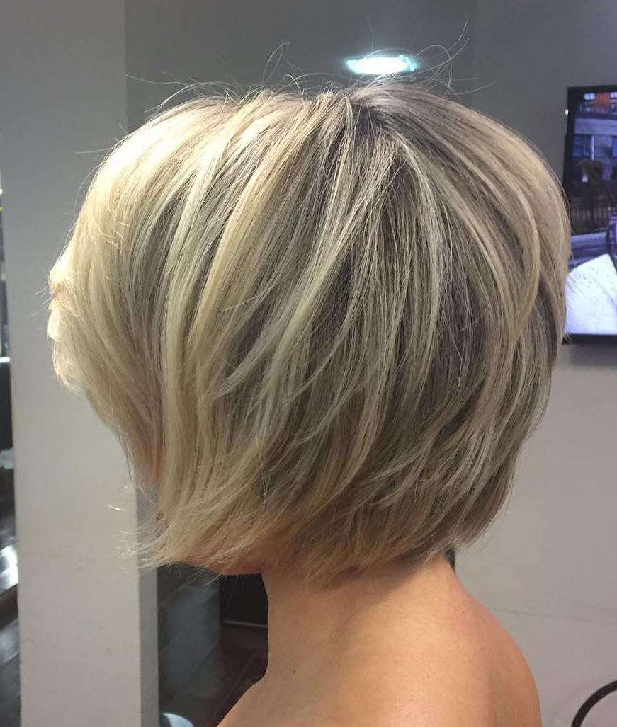 70 Cute And Easy To Style Short Layered Hairstyles Throughout Short Bob Hairstyles With Whipped Curls And Babylights (Gallery 20 of 25)