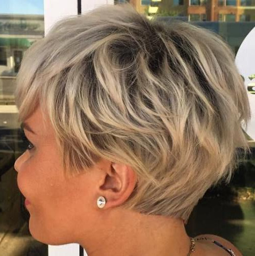 70 Short Shaggy, Spiky, Edgy Pixie Cuts And Hairstyles In 2018 Throughout Bronde Balayage Pixie Haircuts With V Cut Nape (View 12 of 25)