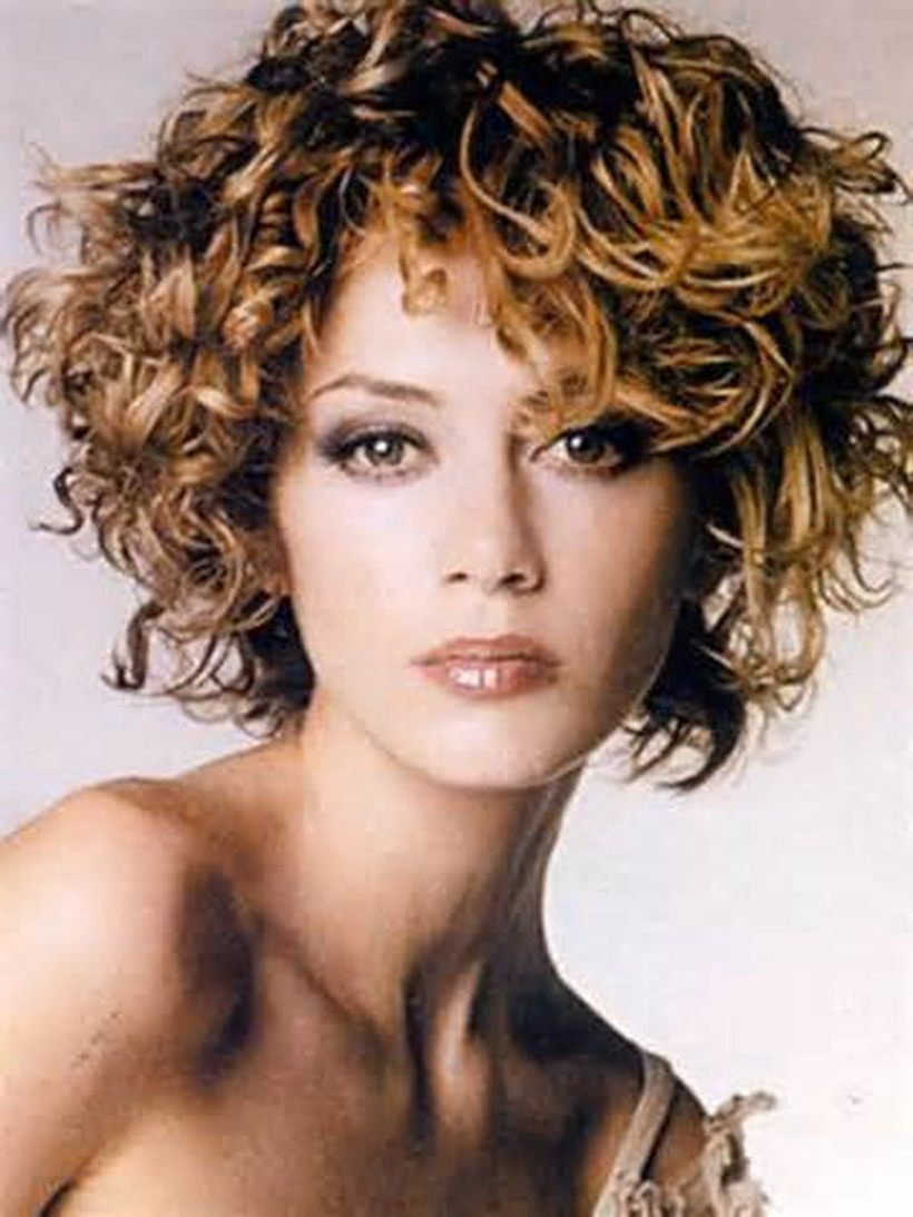 70 Stylist Naturally Curly Haircut Ideas That Must You Try With Regard To Short Haircuts For Naturally Curly Hair (View 17 of 25)