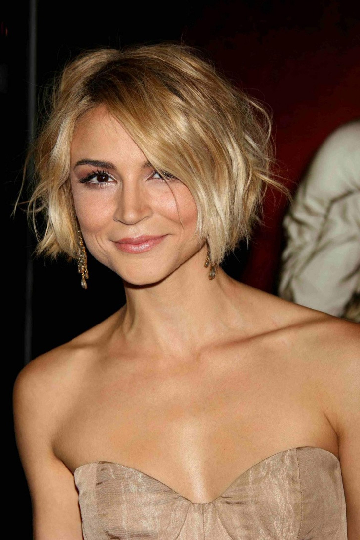 70 Winning Looks With Bob Haircuts For Fine Hair | Asymmetrical Bob Throughout Short Choppy Layered Bob Haircuts (Gallery 16 of 25)