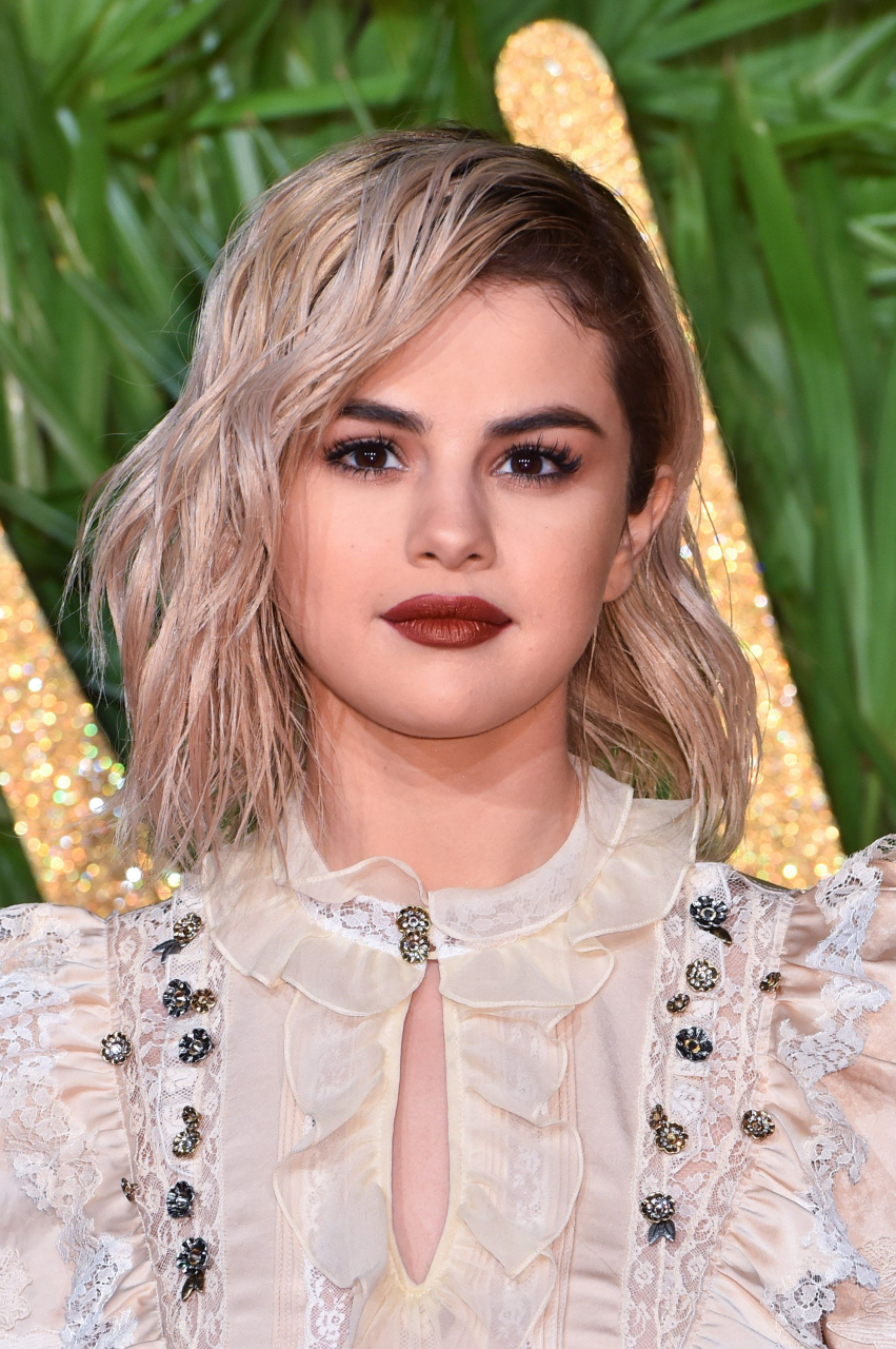 77 Short Hairstyles One Side Shaved Unique 30 Best Selena Gomez Regarding Short Haircuts With One Side Shaved (Gallery 17 of 25)