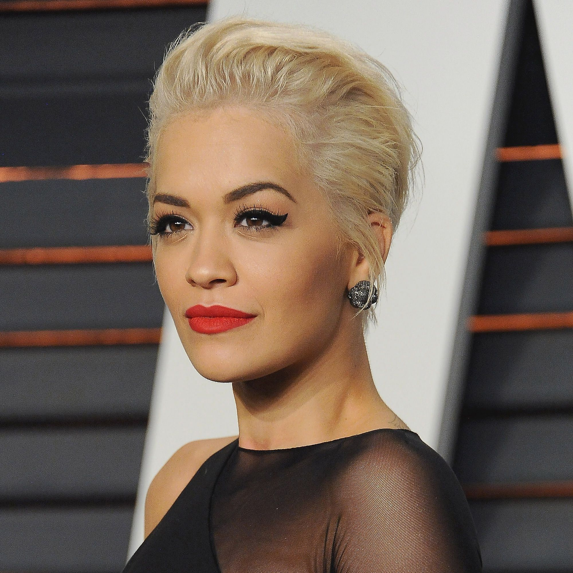 87 Cute Short Hairstyles & Haircuts - How To Style Short Hair for Rita Ora Short Hairstyles