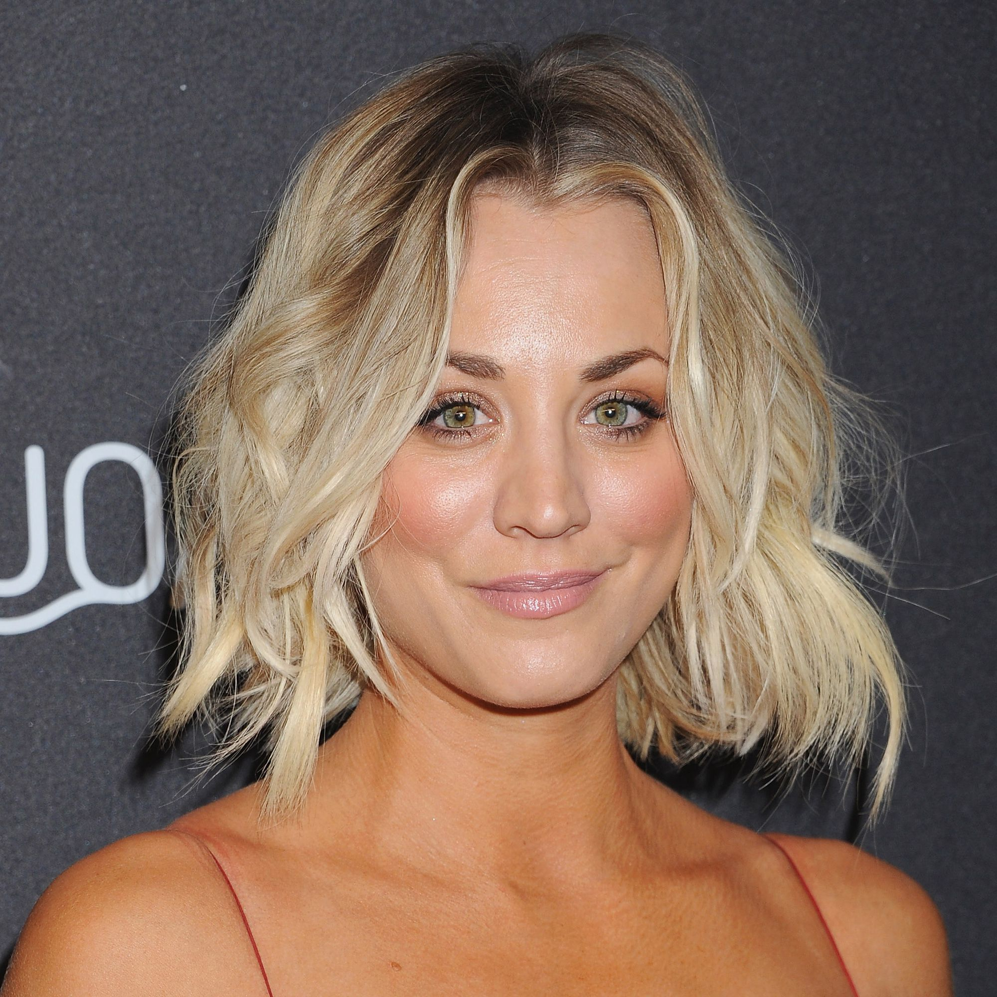 87 Cute Short Hairstyles & Haircuts – How To Style Short Hair Pertaining To Kaley Cuoco Short Hairstyles (View 13 of 25)