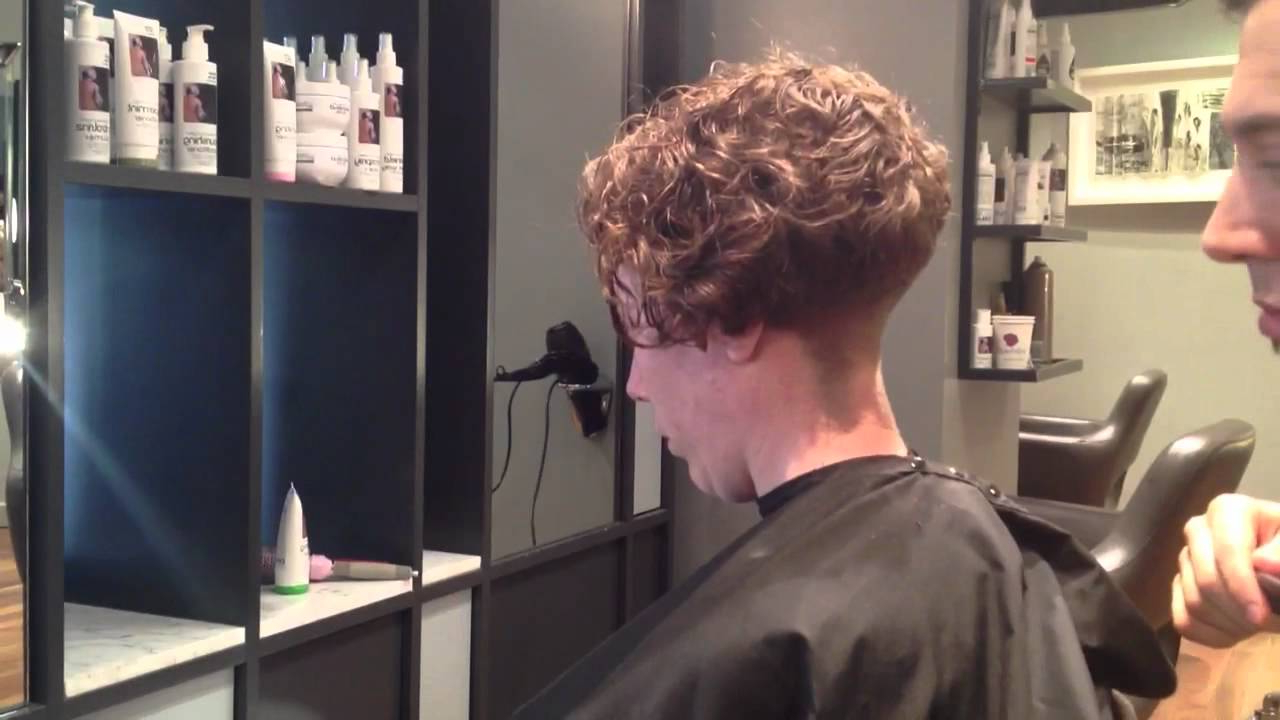 Adam Ciaccia – Creating Ledge On Curly Hair. Part 5 – Youtube Intended For Curly Pixie Hairstyles With V Cut Nape (Gallery 18 of 25)
