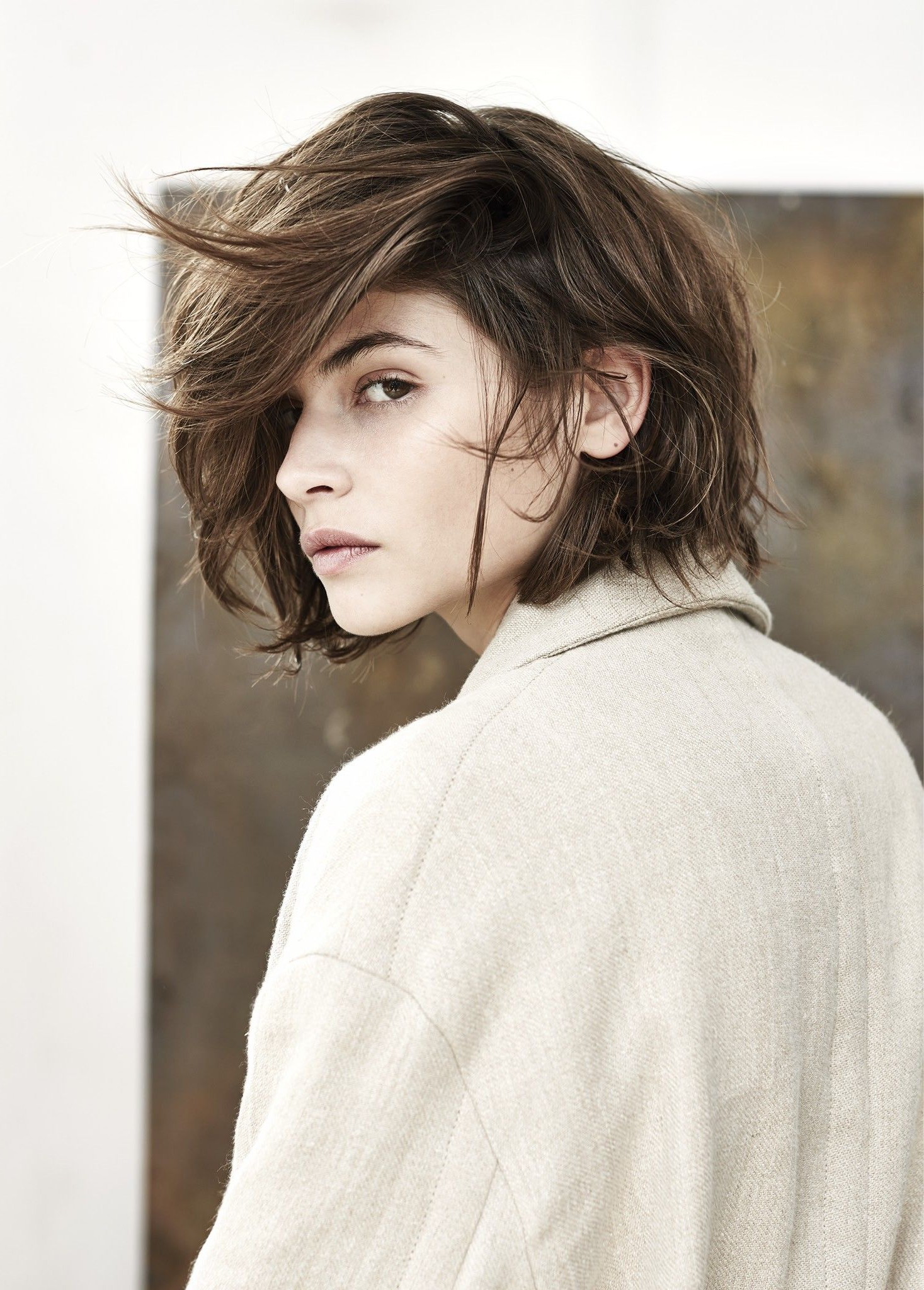 Alba Galocha Dames | Hair | Autumn Hues | Brunette | Lob | Layers In Short Hairstyles For Brunette Women (Gallery 11 of 25)