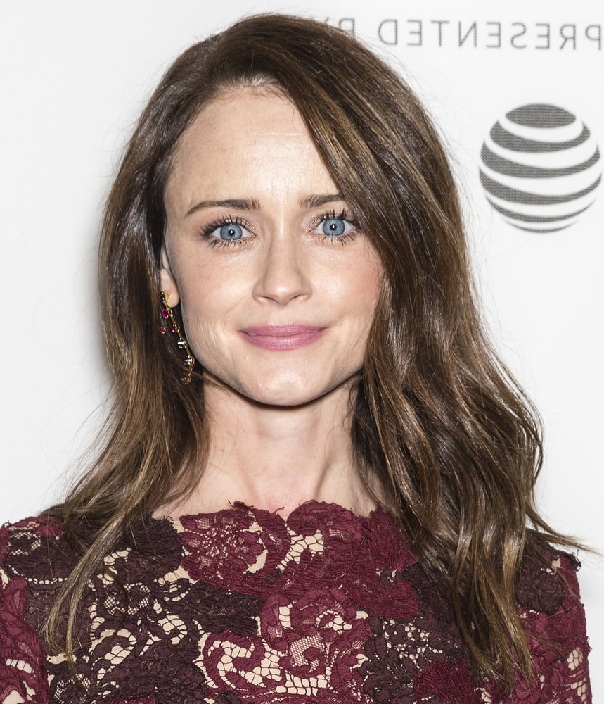 Alexis Bledel's Hairstyles Over The Years Throughout Angelic Blonde Balayage Bob Hairstyles With Curls (View 24 of 25)