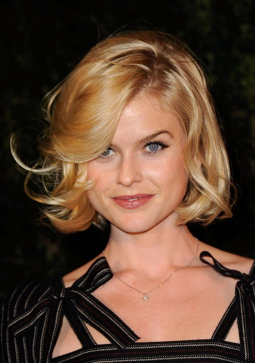 Alice Eve Short Bob Haircut With Tousled Curls | Styles Weekly Throughout Tousled Wavy Bob Haircuts (View 19 of 25)