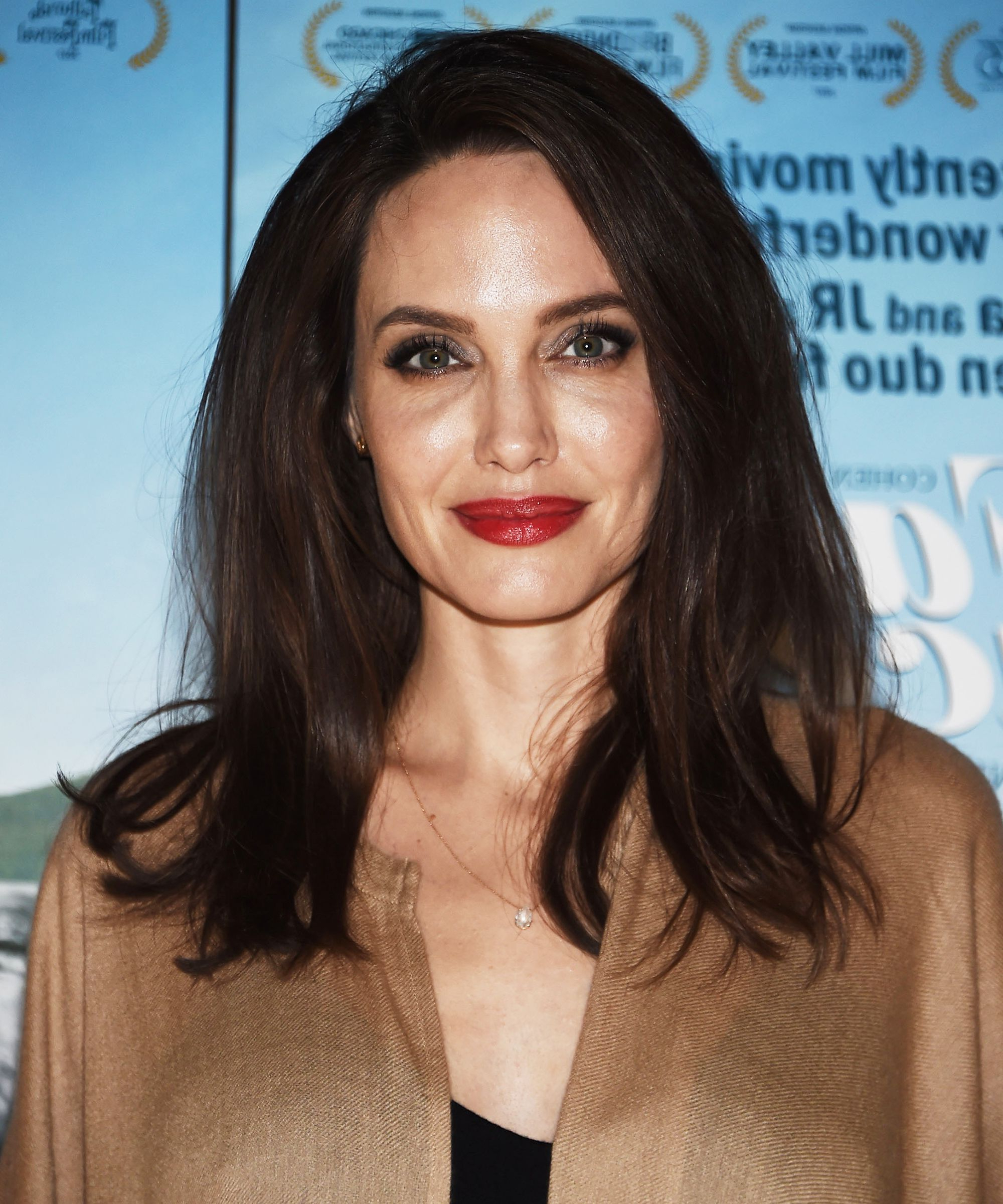 Angelina Jolie Haircut Blunt Trim Fall Trends With Angelina Jolie Short Hairstyles (View 24 of 25)
